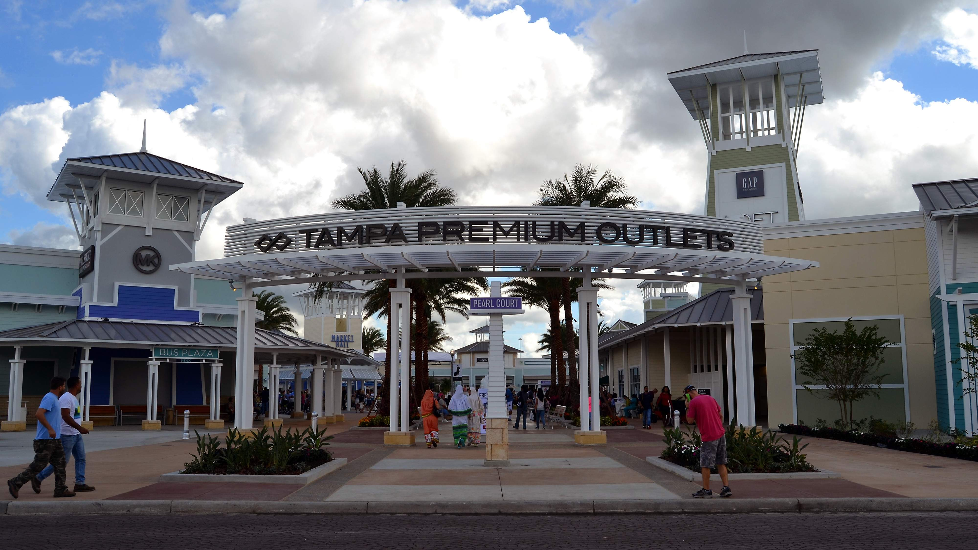 d235a2691 Search. Tampa Premium Outlets